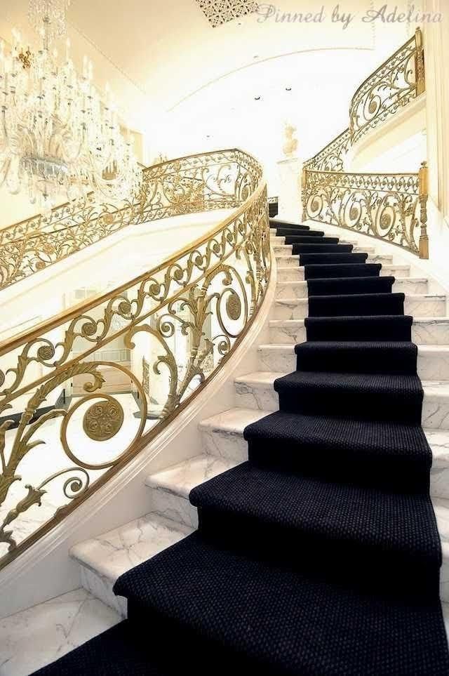 عکس نرده راه پله گرد - نرده پیج